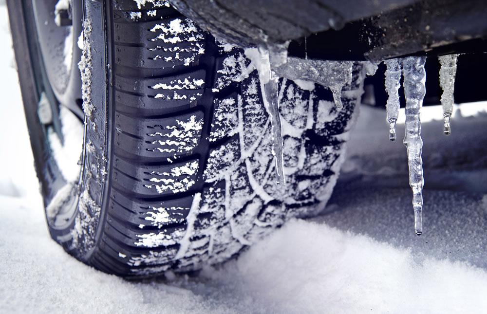 Günstige Winterreifen Reifenhändler, Reifen und Felgen in Assamstadt